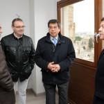 Emiliano García Page y Javier Nicolás, alcalde y concejal de urbanismo de Toledo, con Juan Luís Martín y Benjamín Juan, aparejador y arquitecto de la obra.