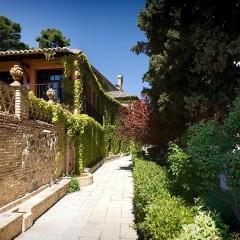 Sala de exposiciones y jardín,  Cigarral del Ángel Custodio